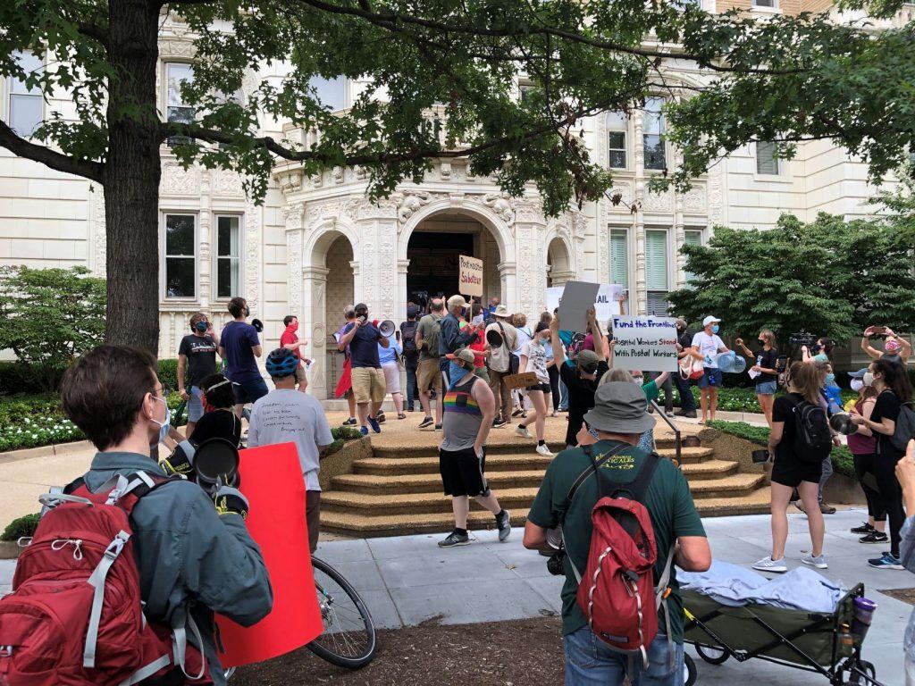 Louis DeJoy Washington Apartment Protest August 2020